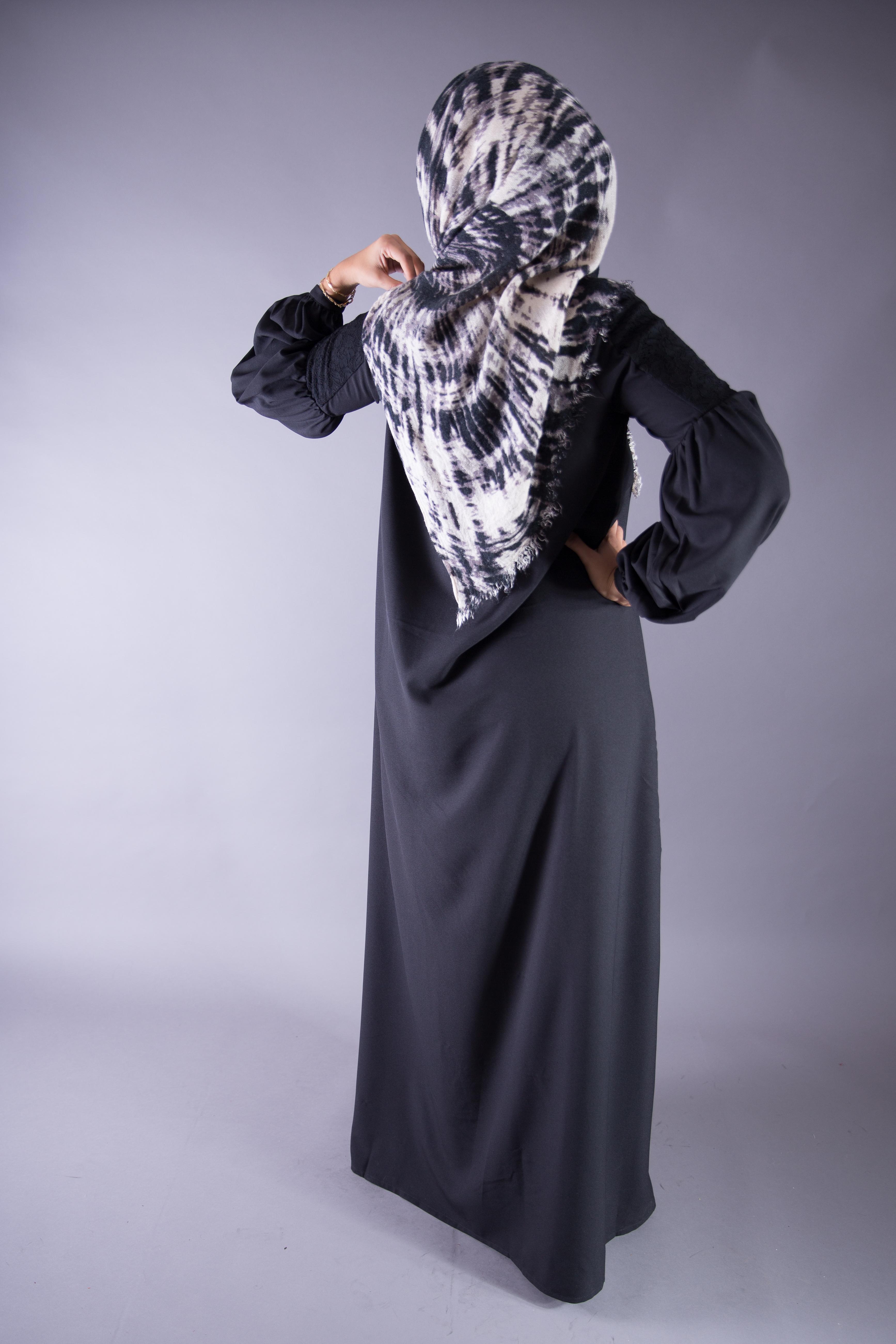 Robe Sophia Noire - Misstoura