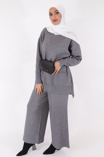 Pull Hafeeza Gris pas cher & discount