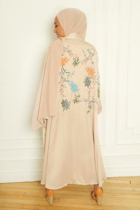 Kimono Manel nude