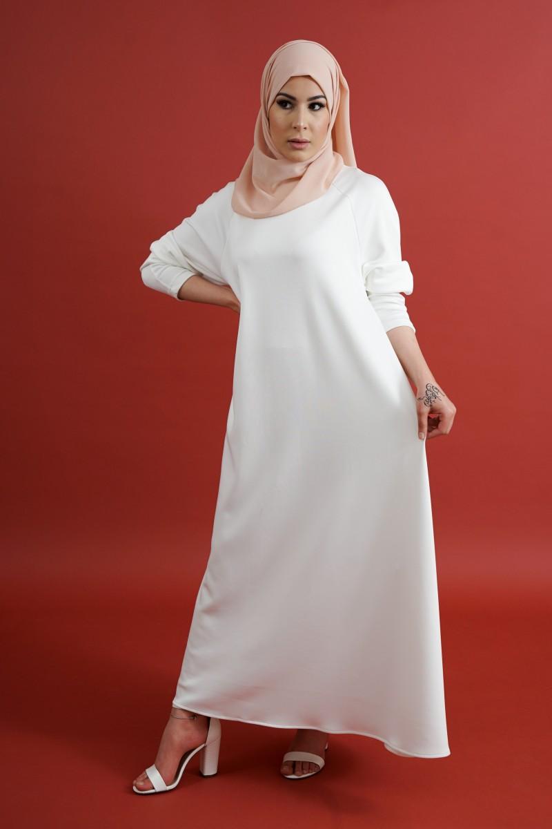 5 idées pour porter ta robe blanche au quotidien