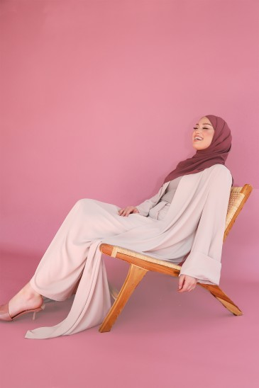 Abaya Mila Nude pas cher & discount